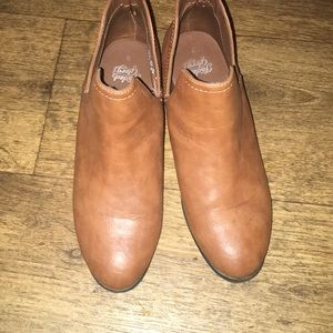 Low cut booty rust color boots size 9